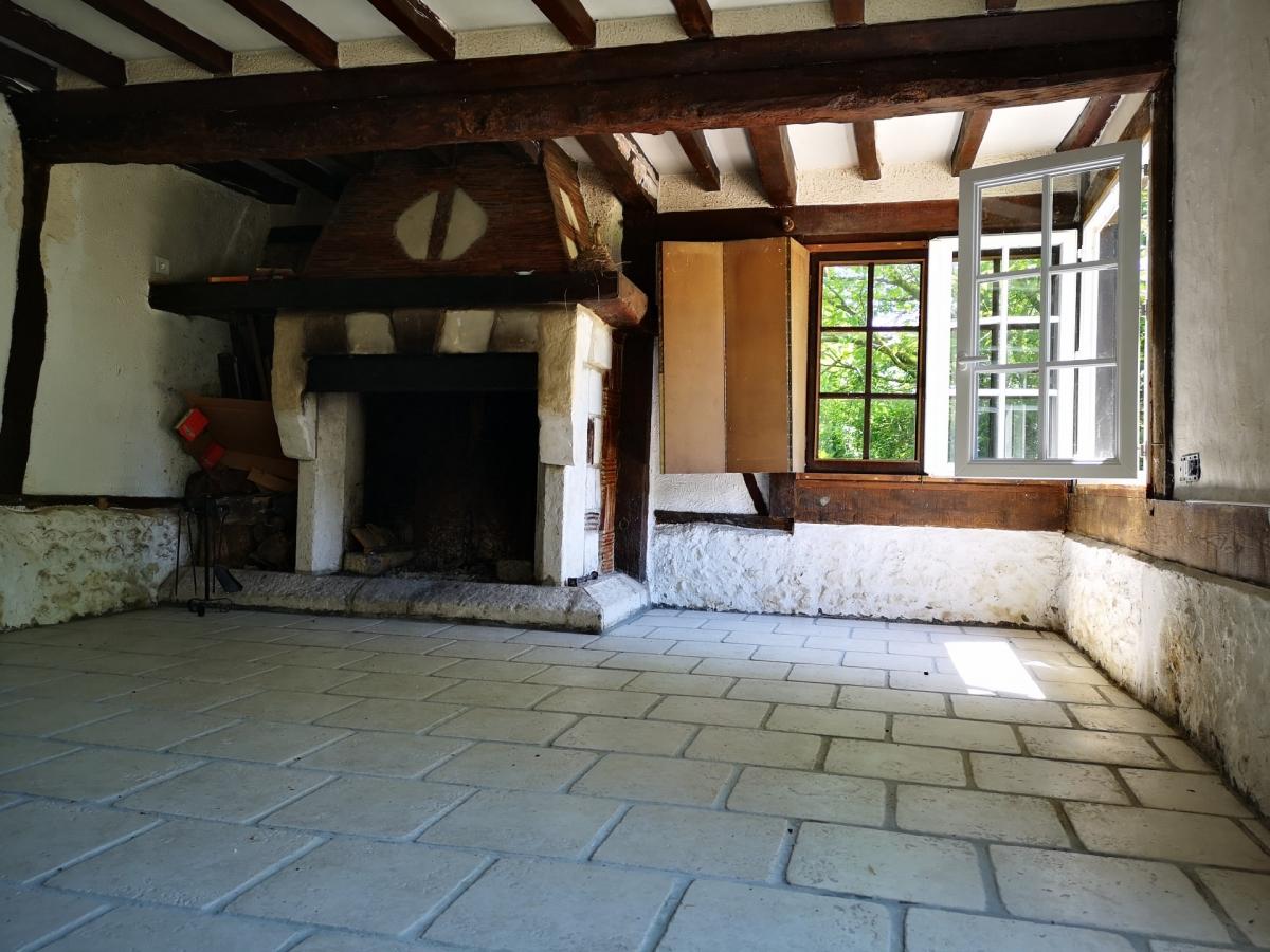 A VENDRE SELLES (27) normande 8 pièces de 201 m² au sol sur terrain de 2919 m²