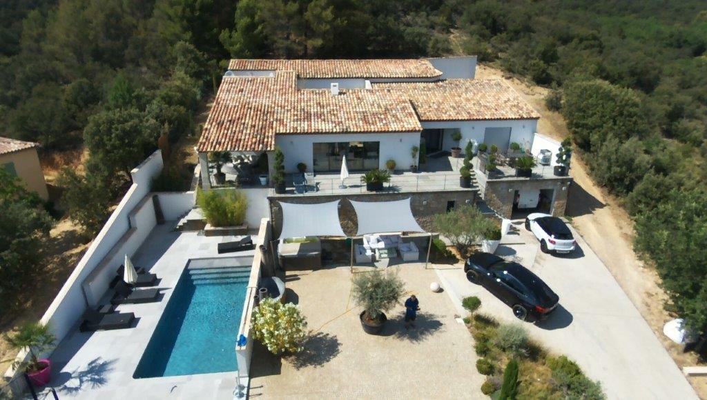 A VENDRE ORAISON (04) villa de luxe 8 pièces de 413 m²