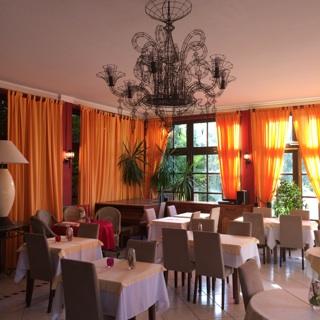 SOSPEL (06) URGENT Hôtel Restaurant 2 étoiles MURS ET FONDS