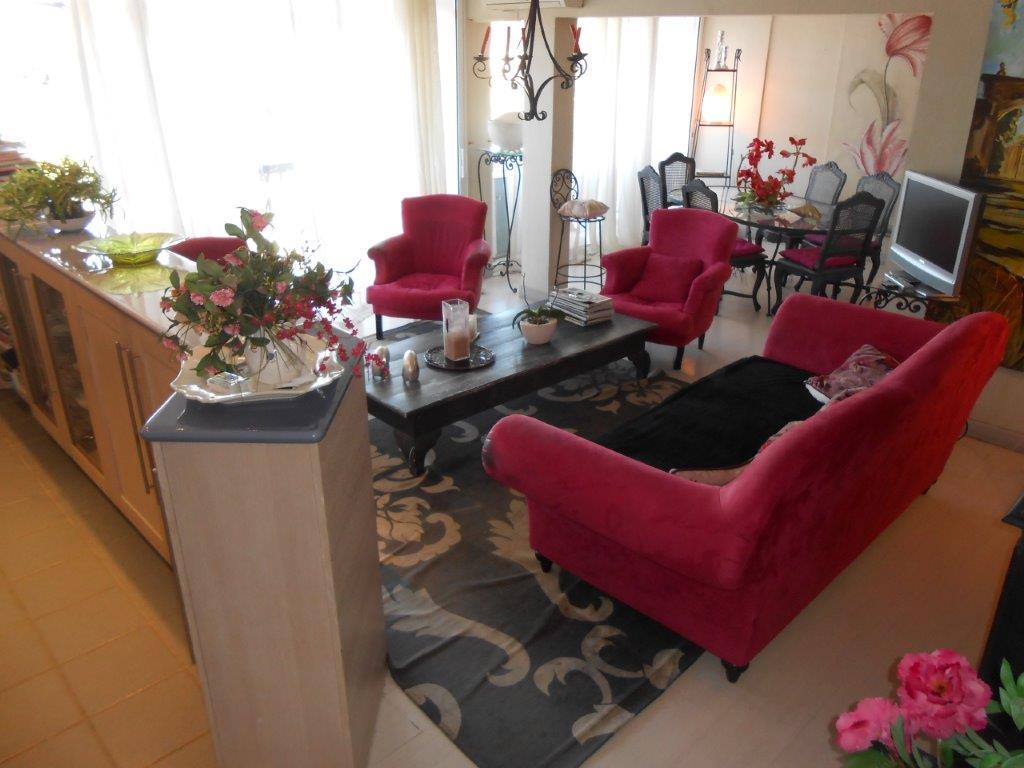 A VENDRE SAINT TROPEZ (83) appartement duplex 3 pièces de 75 m² VUE MER