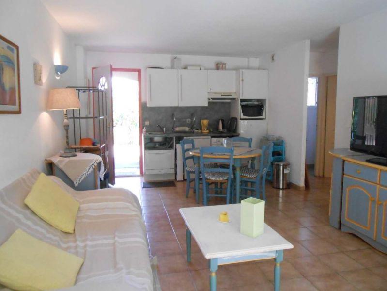 A VENDRE GASSIN (83) appartement rez-de-jardin 2 pièces aux portes de SAINT-TROPEZ
