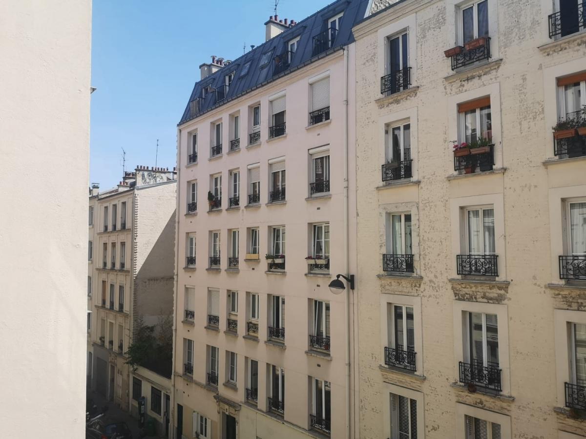 LOCATION PARIS XVIIIème RUE VINCENT COMPOINT