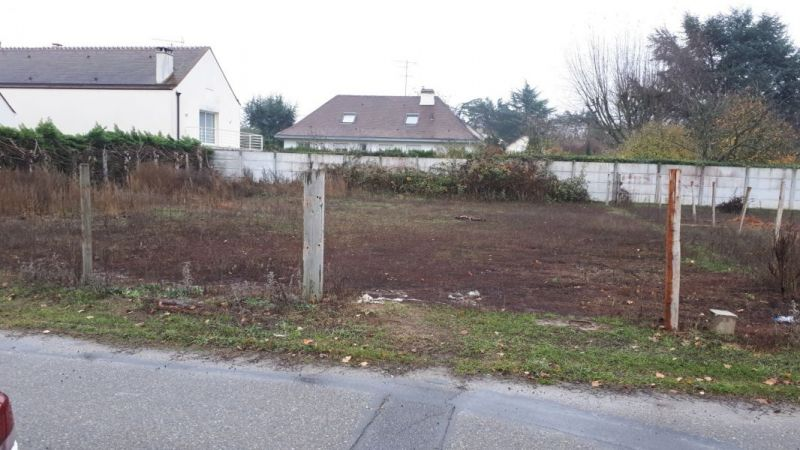 77930 PERTHES - TERRAIN CONSTRUCTIBLE et VIABILISE 600m