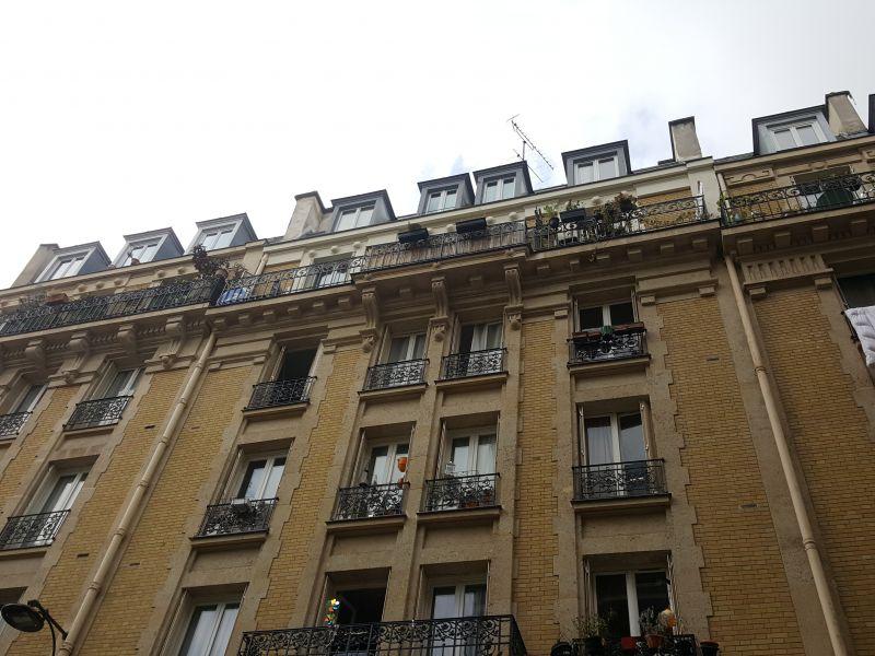 A VENDRE - PARIS (75018) Damrémont - Ordener - sous les toits de 26m² au 6ème sans ascenseur