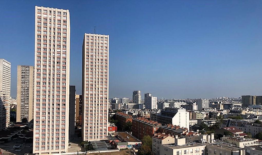 GRAND 5 PIÈCES EN ÉTAGE VUE 360° SUR PARIS IMMEUBLE DE STANDING